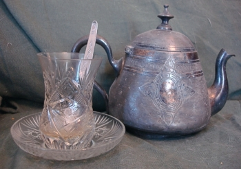 Turkish teapot and cups